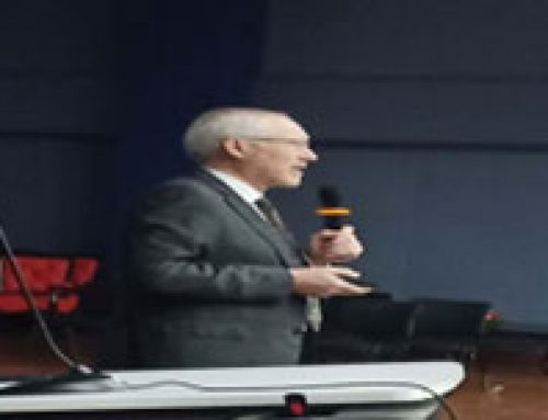 Dr. Raymond Curry addressing for 3rd Year & Final Year & PG Students